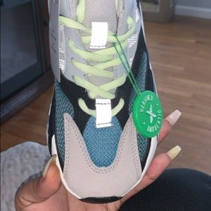 "Adidas Yeezy Boost 700 ""Wave Runner"" size 9"